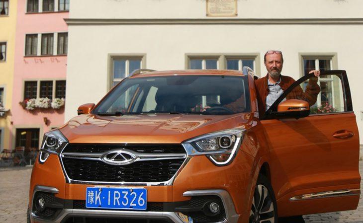 Chery-Auto mit EIR-Redakteur Celani